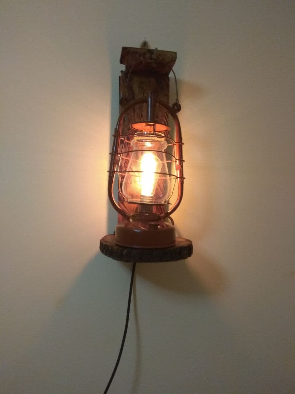 Світильник лофт з гасової лампи